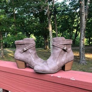 A2 by Aerosoles Booties